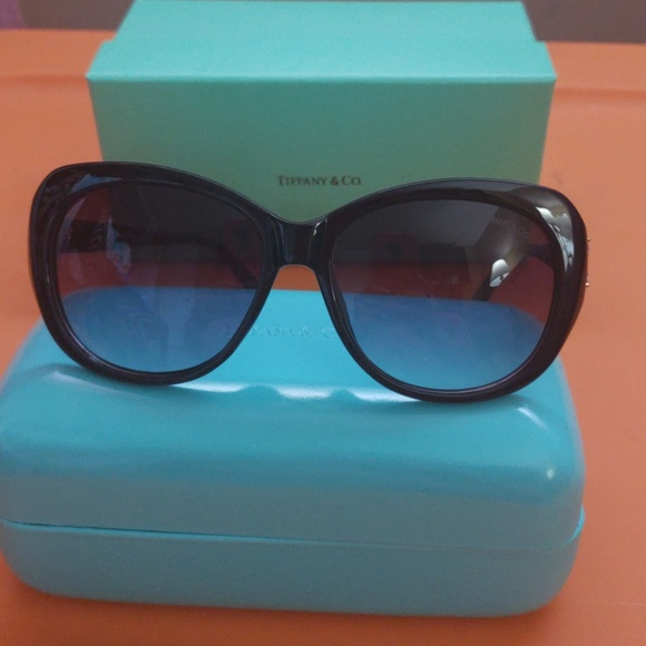 0d7ffafb855a Authentic Tiffany   Co sunglasses. M 5be357483e0caa46f043e50c. Other  Accessories ...